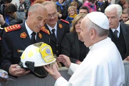 Helmet presentation